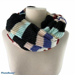 NWT ANTHROPOLOGIE Infinity Scarf
